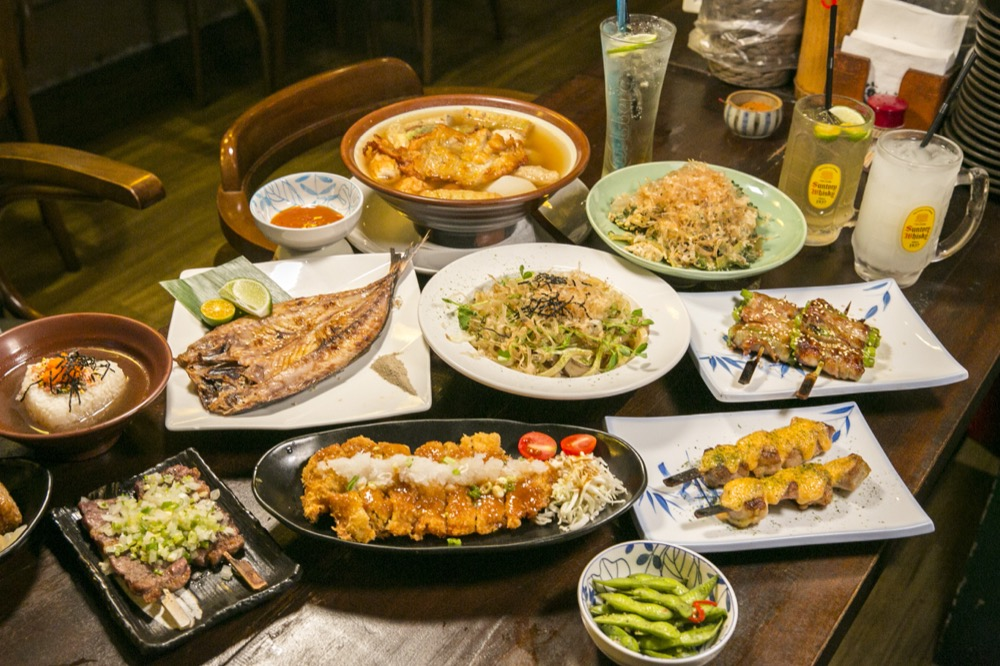 【 台北。居酒屋 】復古日式裝潢,傳統美味串燒『 喀佈貍(一店)大眾和風串燒居酒洋食堂 』